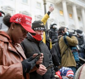 Extremist supporters of President Trump who attacked the U.S. Capitol are using smartphones.